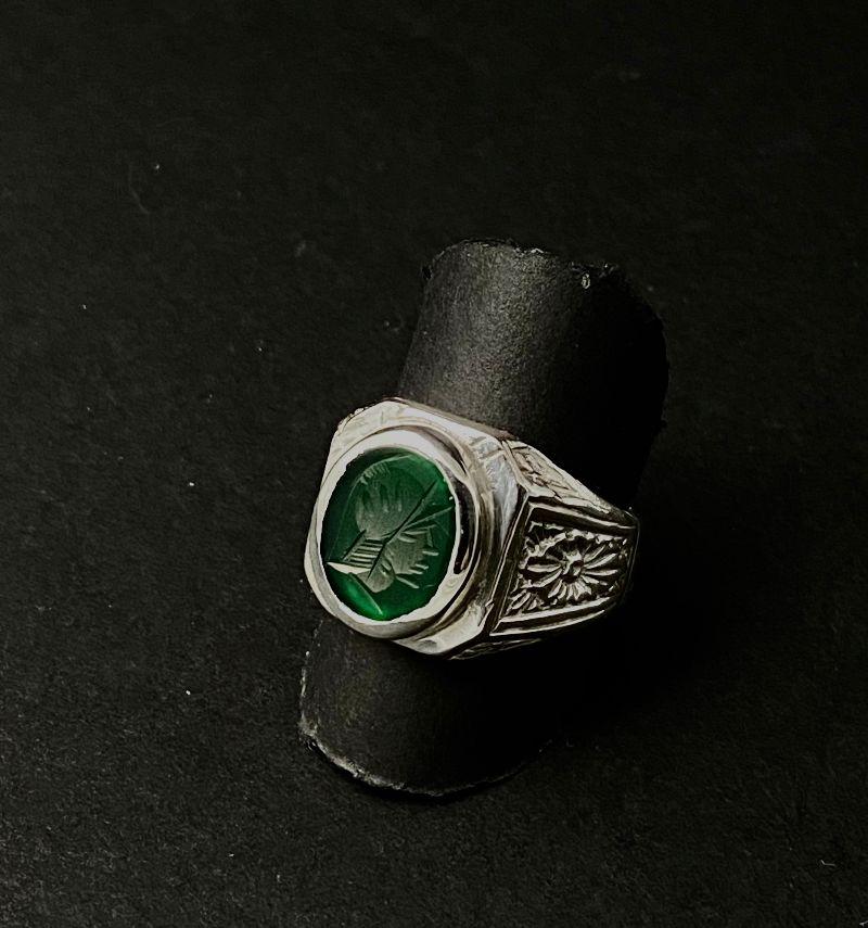anello-romeo-agata-verde-incisa-testa-di-minerva-5083
