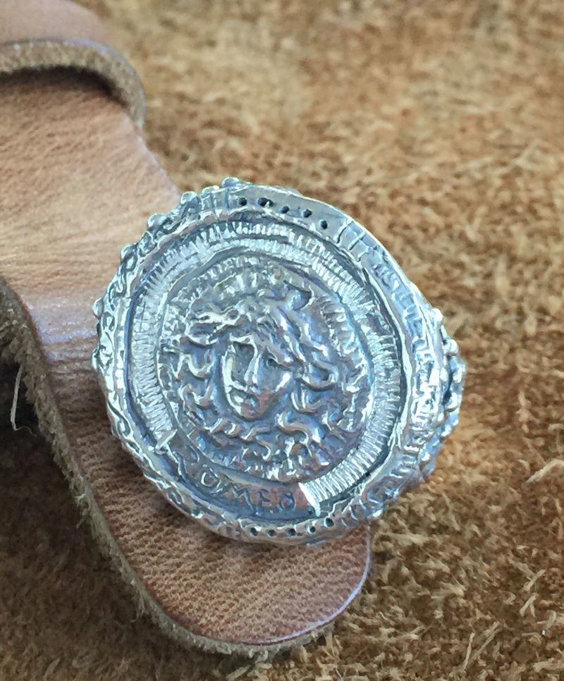 ring-romeo-medusa-cod-4962