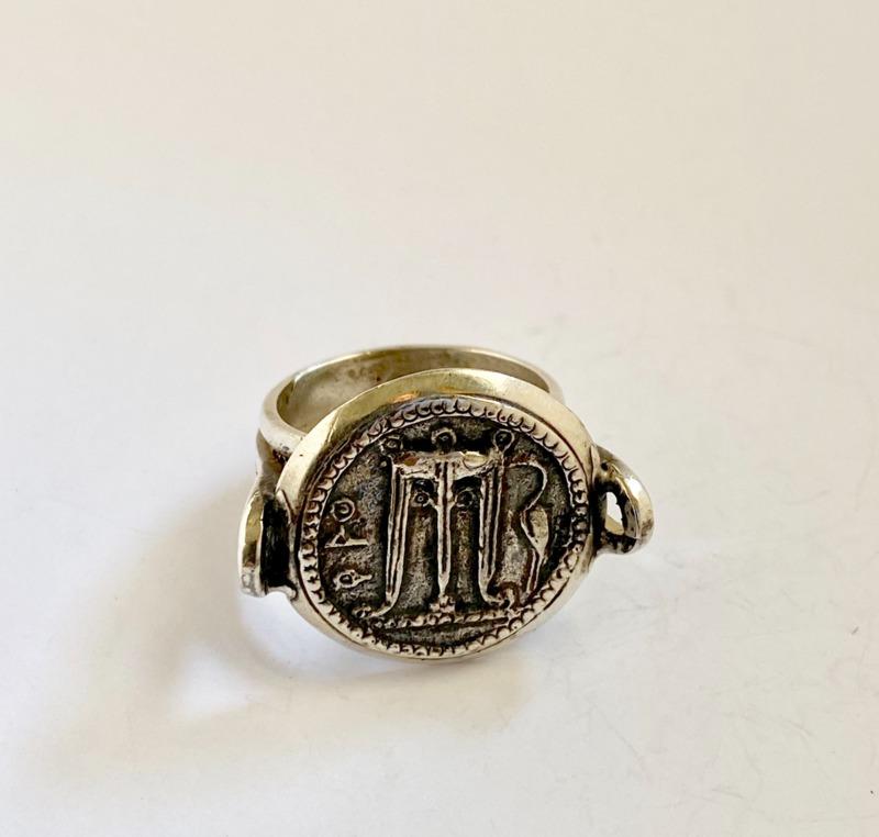 ring-coin-ancient-tripod-delfico-crotone-2778