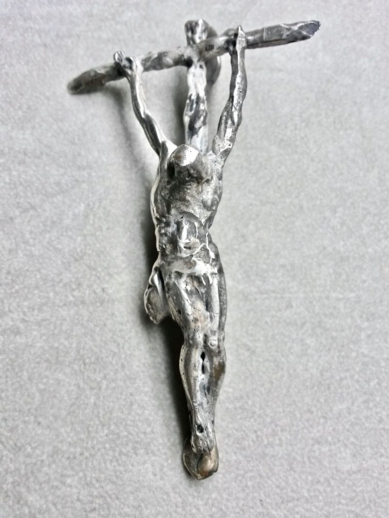 the-cross-sculpture-mod-5045