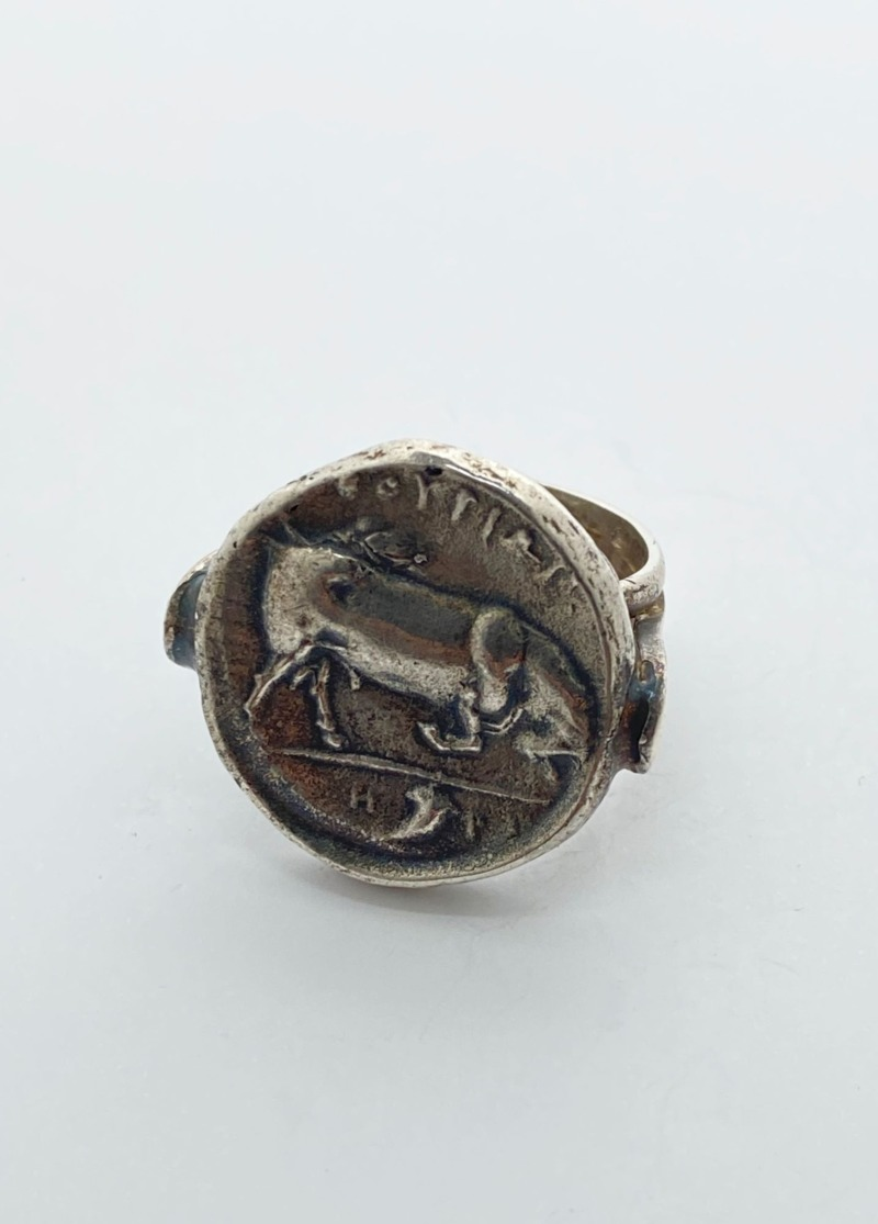 anello-romeo-con-moneta-di-thurio