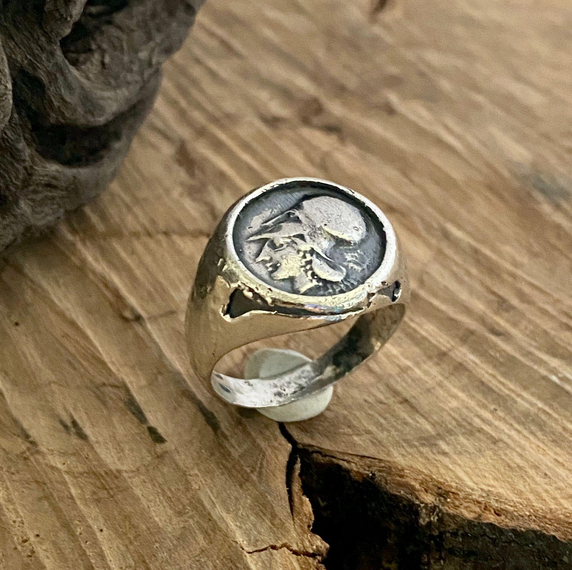 anello-testa-di-minerva-elmata-mod-5148
